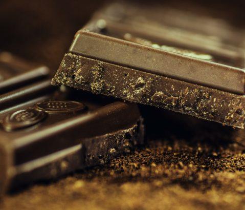 Cioccolato: come sceglierlo, proprietà e ingredienti.